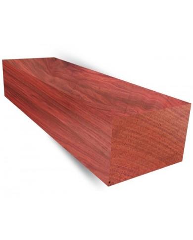 Rdečesrčni les